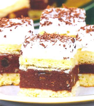 Нежное пирожное с джемом